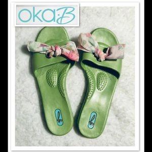 NWOT 💚 OKA b. Sandals size 8/9